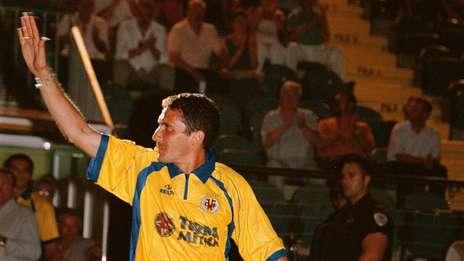 Cagna-presentacion-Villarreal-hacerlo-entrenador_OLEIMA20120602_0057_5