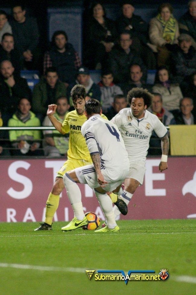 4A5O4063 copia 650x976 - Las fotos del Villarreal CF-Real Madrid