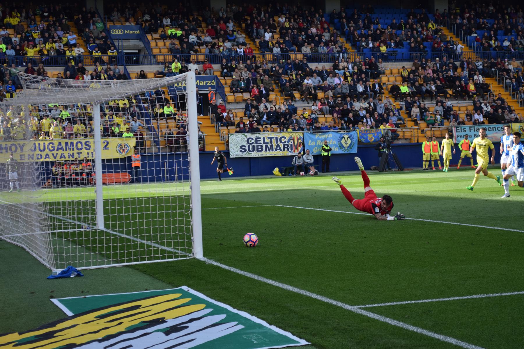 1 0 bakambu gol - El gol 1000 del Villarreal en Primera