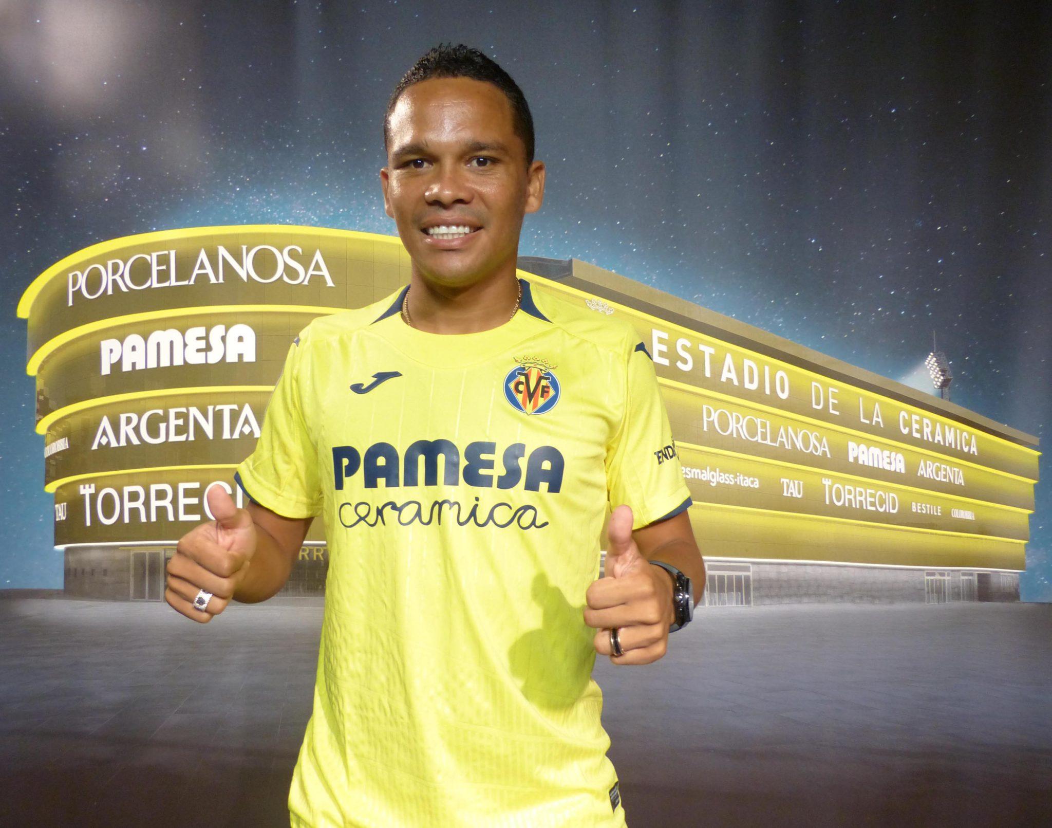 Carlos Bacca firma por 4 años