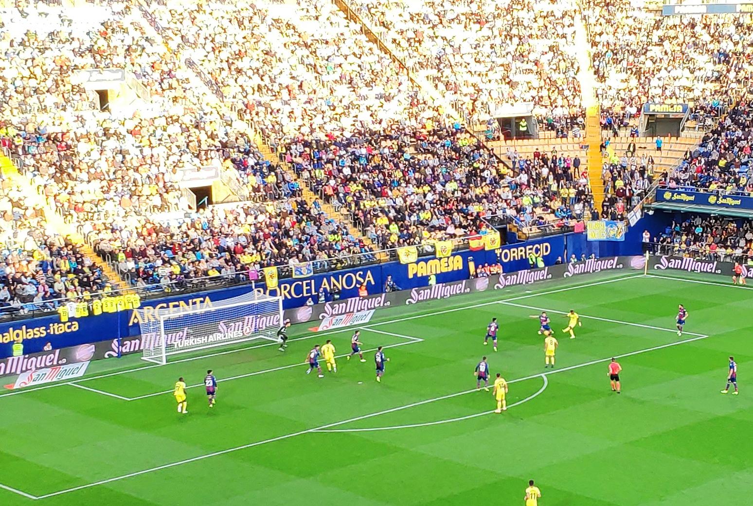 El Levante-Villarreal se juega en domingo (de momento)