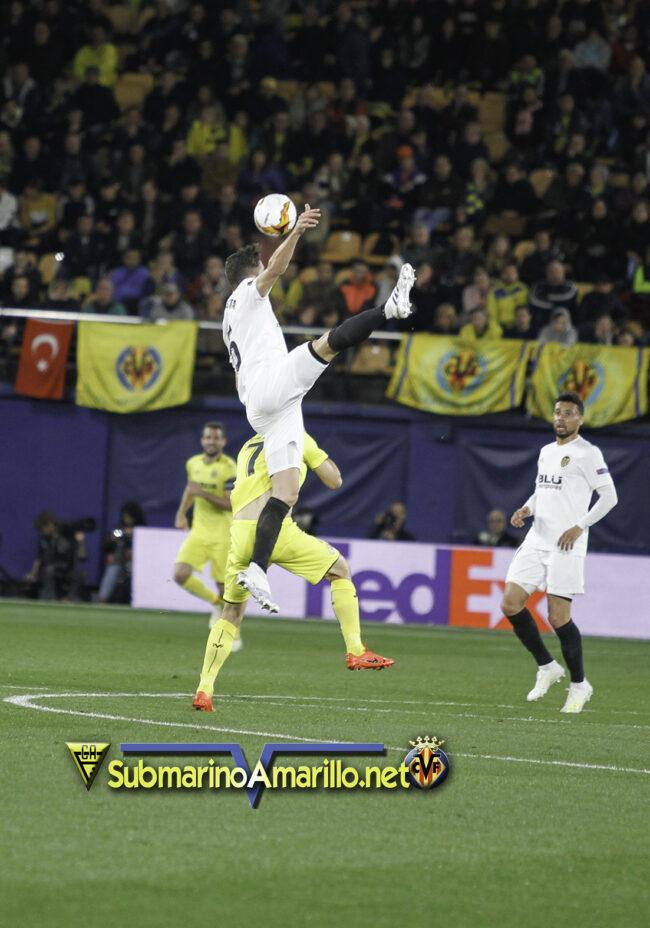 89D8021 copia 650x928 - Las fotos del Villarreal-Valencia (Europa League)