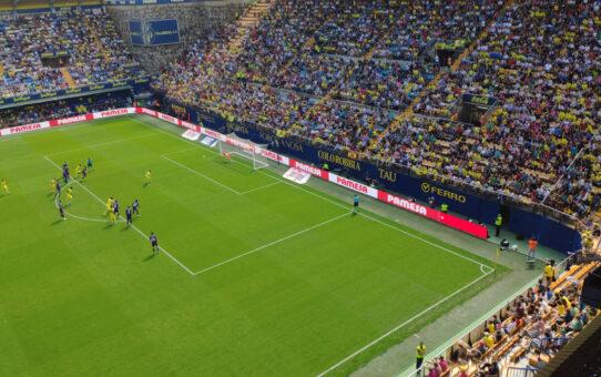 El Villarreal doblega (2-0) a un correoso Valladolid