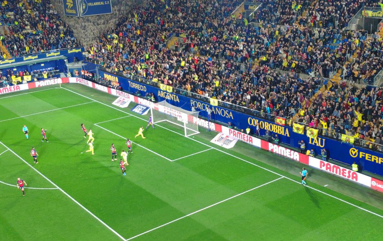 El Villarreal se impone a Osasuna con Paco Alcácer, debut y gol