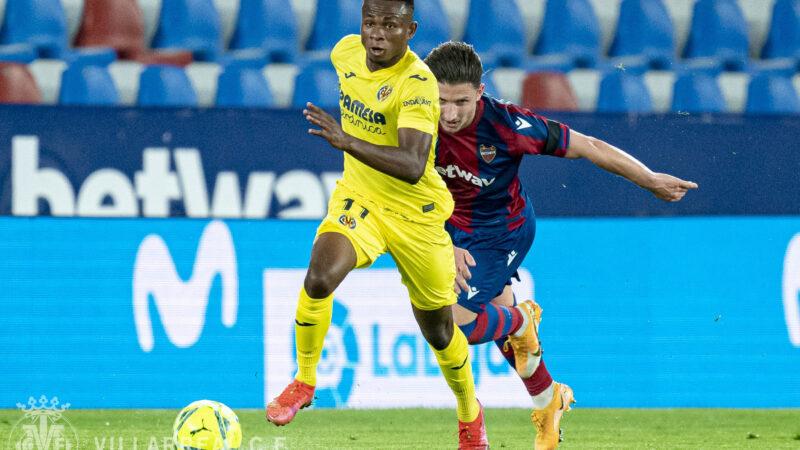 El Villarreal vapulea al Levante en el Ciutat de Valencia